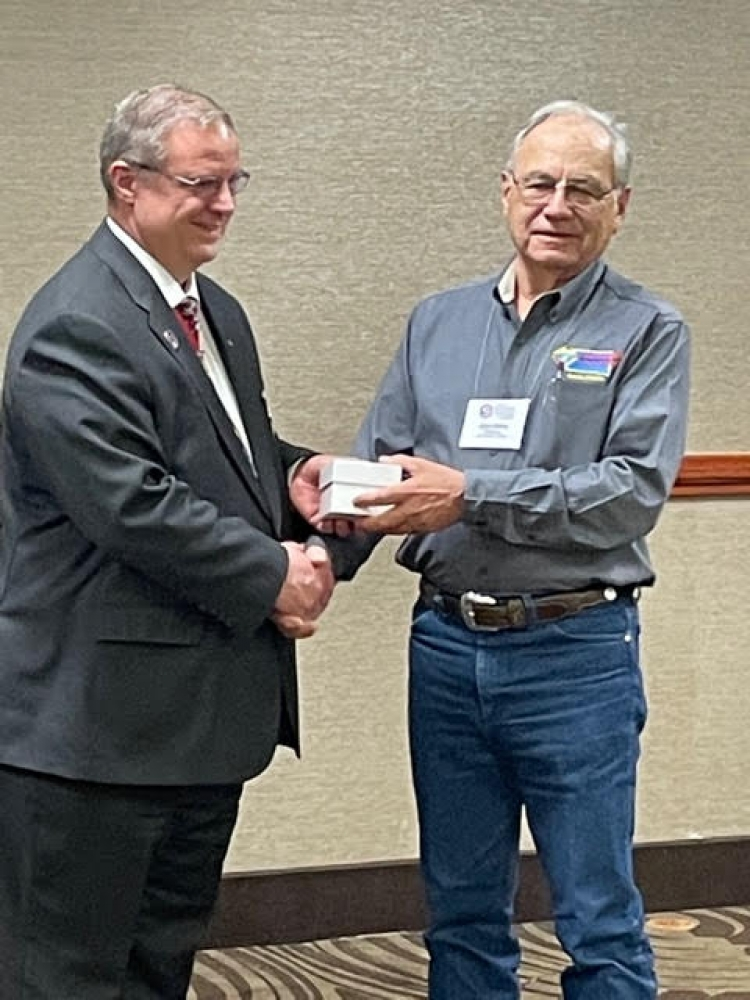 District Deputy for District 18 receives award